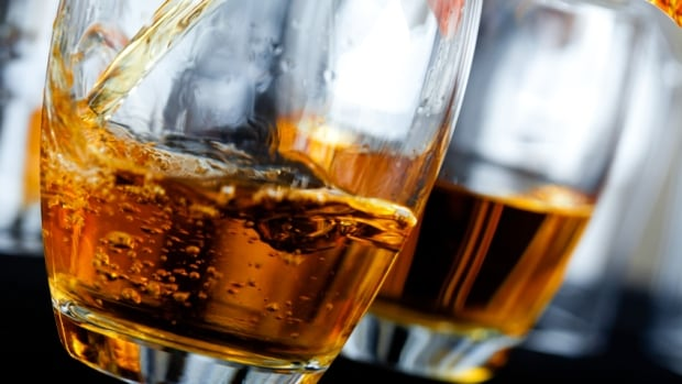 U.S. researchers are testing how a brain hormone called ghrelin influences desire to drink alcohol.