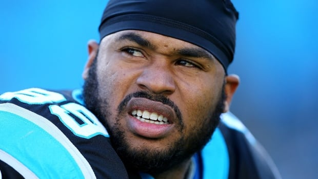 "Panthers wide receiver Steve Smith says his left knee ""felt good"" after doing some cutting during a light practice Monday. He missed the regular-season finale with a sprained posterior cruciate ligament."