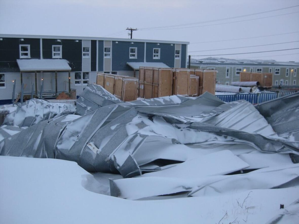 Iqaluit mayor: \'I\'ve never seen winds like that ever\' | CBC News