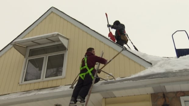 Professional roof cleaners in Edmonton have been kept busy by the fluctuating temperatures and heavy snow this winter.