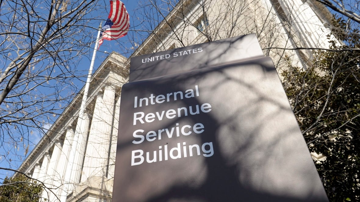 Transfer of banking records of Canadian residents to U.S. taxman doubles