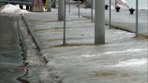 Icy Toronto sidewalks