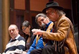 20140112 MUSIC Neil Young Oilsands