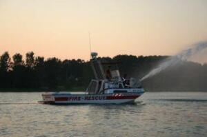 LaSalle fire boat