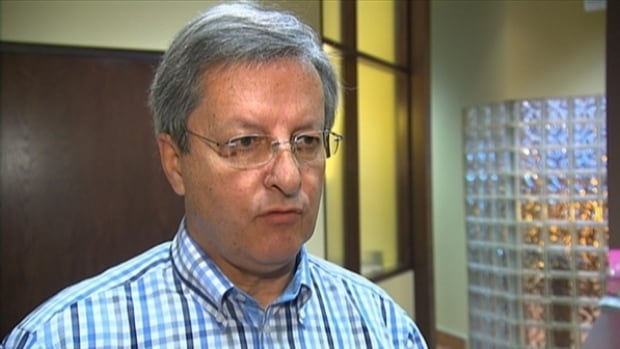 Saguenay Mayor Jean Tremblay's fight say prayers at city hall will come before the Supreme Court.