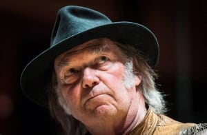 MUSIC Neil Young Oilsands 20140116