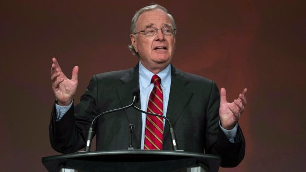Former prime minister Paul Martin will be in Alberta on Tuesday to unveil a new entrepreneurship program for aboriginal youth.