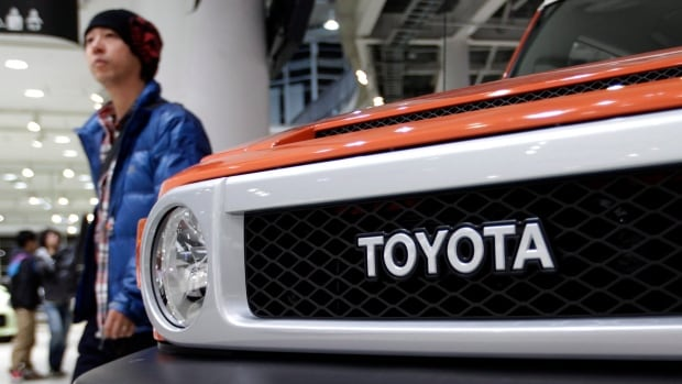 Toyota outsold its American rival GM in terms of total sales in 2013. The Japanese automaker ambitiously hopes to sell 10 million cars this year.
