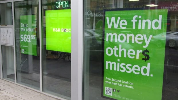 H&R Block in Fredericton admits it didn't follow policy when re-issuing a cheque to a customer after it was reported stolen.