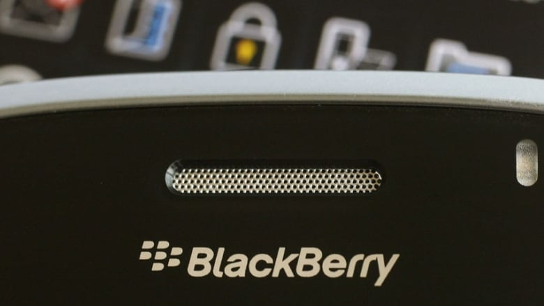 BlackBerry's data-free FM radio available on Z30, Q10, Q5