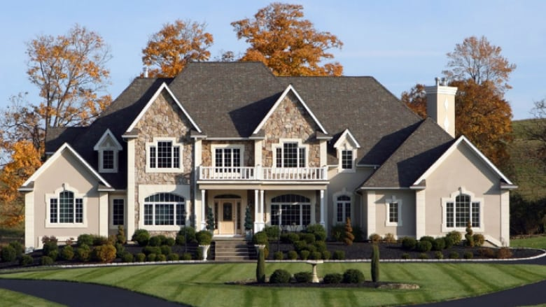 Homes Priced Above $1 Million In Hamilton Burlington Saw A 55 Percent Drop  To 59 Homes Sold At The Start Of The Year From 133 In 2017. (Courtesy Of  RE/MAX)