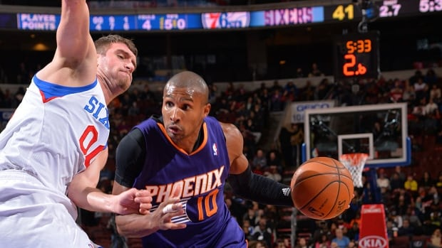 Forward Leandro Barbosa, right, averaged 8.7 points, 2.2 rebounds and two assists in nine games with the Suns as an injury fill-in for Eric Bledsoe. On Tuesday, Phoenix signed Barbosa for the remainder of the season.