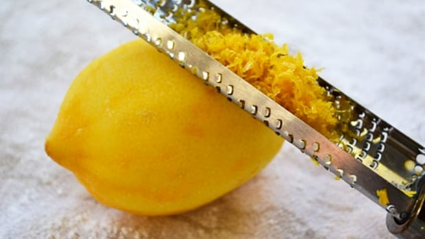 Grating lemon