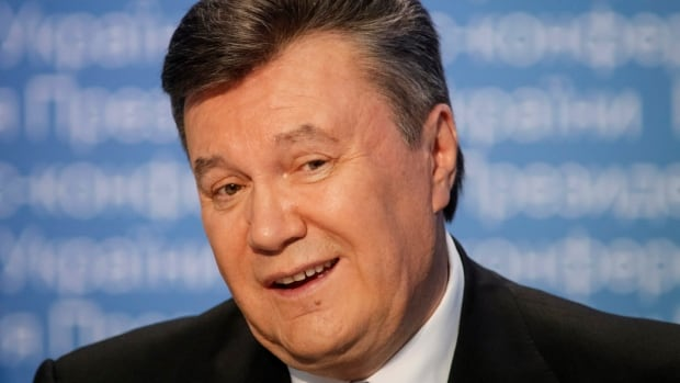 Ukrainian President Viktor Yanukovych is taking a sick leave due to an acute respiratory illness and high fever.