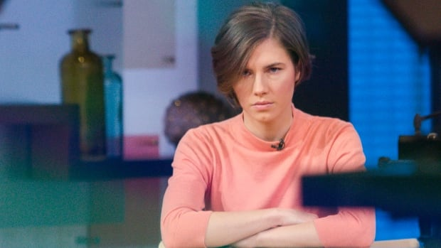 "Amanda Knox sits alone before being interviewed on the set of ABC's ""Good Morning America"" in New York January 31, 2014."