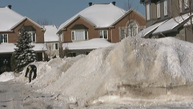 Snow banks piled high in Ottawa because of a lack of thaws this winter.
