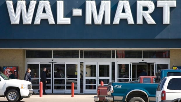 Wal-Mart currently has 389 stores in Canada and plans to expand that to 395 by the end of January 2015.  The discount retail chain announced Tuesday that it will invest $500 million into building 35 supercentres and expanding its e-commerce and distribution networks.