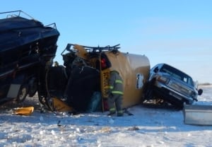 Crash at Biggar, Sask. skpic