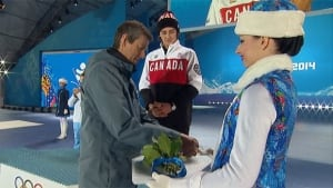 Mark McMorris gets medal