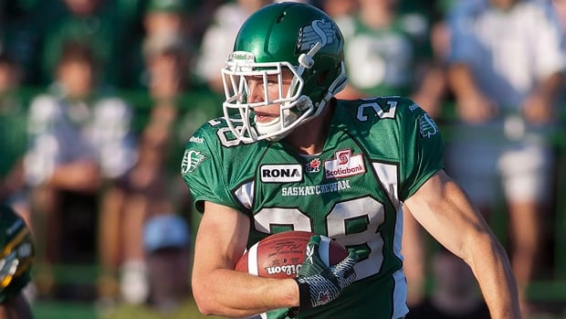 Free-agent defensive back Craig Butler bolted the Saskatchewan Roughriders in favour of the Hamilton Tiger-Cats on Tuesday.