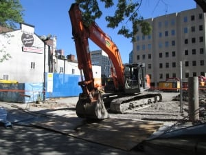 CSST excavator