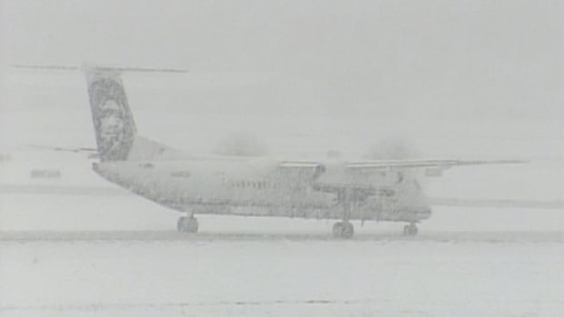 Snow on B.C.'s South Coast - Planes