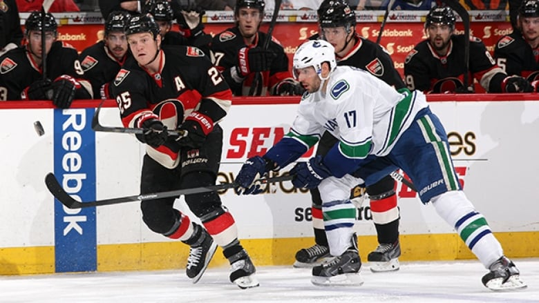 best authentic 17525 e4cf9 Senators in need of win against Canucks at Heritage Classic ...
