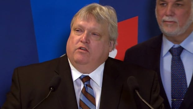 Radiologist Gaétan Barrette announced on Monday that he is running for the Liberal Party of Quebec seat in La Pinière.