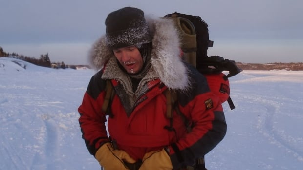 Vincent Cochin planned to spend 80 days travelling from Kugaaruk, Nunavut, to Qaanaaq, Greenland, by ski and snowshoe in an effort to break the world record for the longest unsupported, unassisted Arctic journey. He was rescued near Taloyoak Thursday morning.