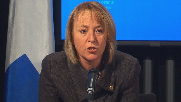 Longueuil Mayor Caroline St-Hilaire said she seriously doubted whether the federal government would actually cooperate with the municipal and provincial governments on the construction of the new Champlain Bridge.