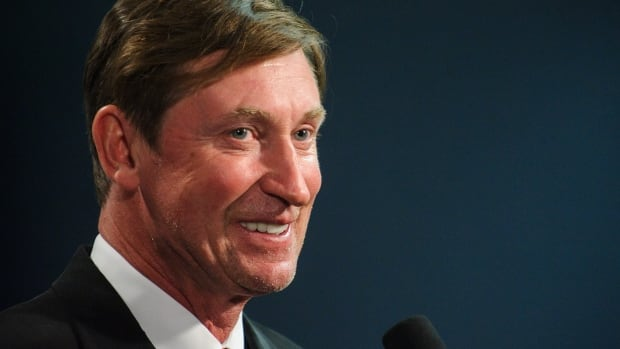 Wayne Gretzky gives a press conference between periods during an NHL game between the Edmonton Oilers and the New York Islanders at Rexall Place on Wednesday.