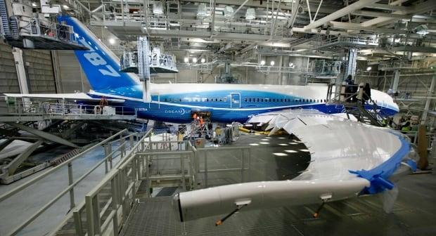 Boeing 787 Wing Cracks