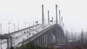 Electronic tolling - bridge tolls - Golden Ears Bridge