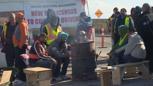 Port Metro Vancouver truckers' strike hitting businesses, families