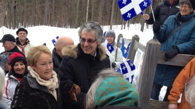 Pauline Marois campaigning in the Townships on Tuesday alongside Brome-Missisquoi candidate René Beauregard.