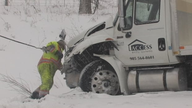 This truck was one of the vehicles involved in the 20-car pileup on the eastbound lanes on the Highway 401 near Woodstock. (David Ritchie/CBC)