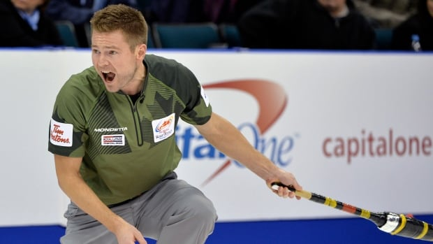 Mike McEwen improved to 3-0 at the Syncrude National Grand Slam of Curling on Thursday.