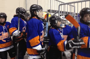 peguis girls hockey team