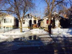 Crews respond to fatal early morning house fire in Regina
