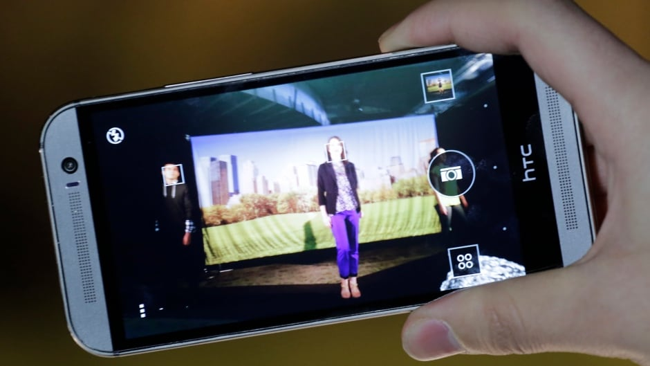 HTC One M8 smartphone launches | CBC News