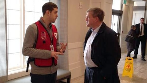 Premier David Alward visits Shediac warming centre
