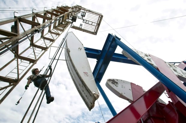 Canadian Crude 05996024