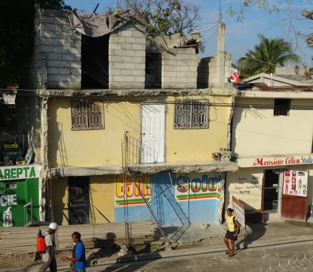 Residence near hospital in Port-au-Prince