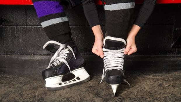 Ontario Hockey Federation held a special board meeting Saturday after a group of GTA house league organizations refused to implement a new rule that requires all players under age seven to play on ice half the size of regular rinks.