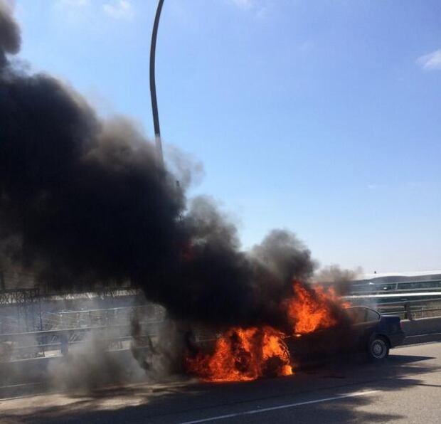 BMW burning on Gardiner Expressway