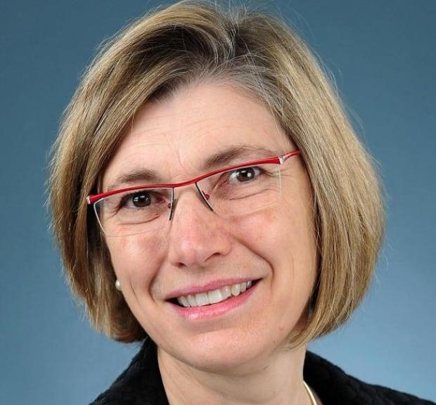 Dr. Jennifer Blake