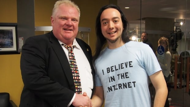 Matthew Wong shared his before-and-after weight loss photos with Rob Ford on Reddit, where they got more than 7,000 up votes.