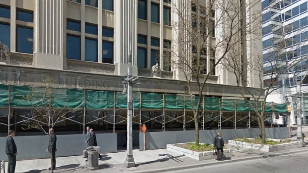 Federal government is looking for private interest in the Paul Martin Building.