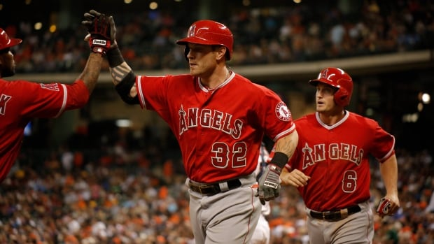 Los Angeles Angels left fielder Josh Hamilton will be out of action for the next 6-8 weeks after injuring his thumb sliding into first base on Tuesday. The injury will require surgery.