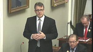 Doug Currie, legislature